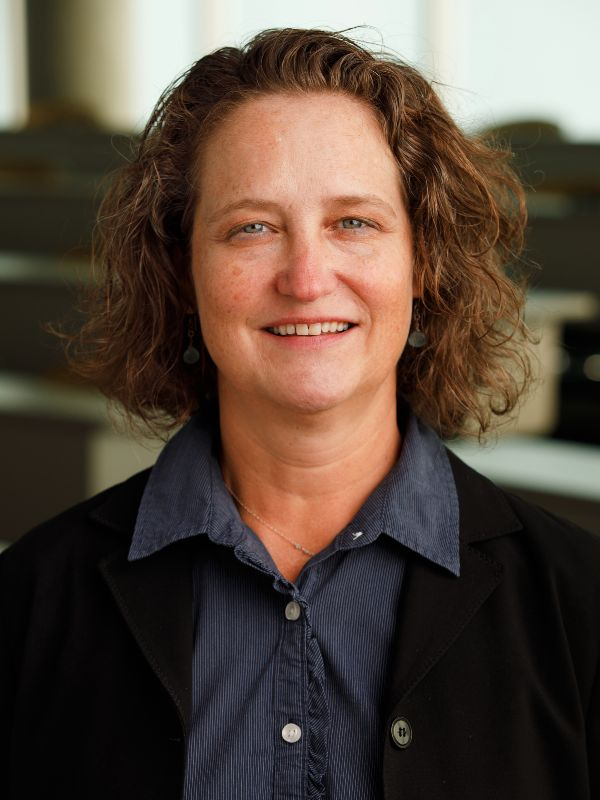 Dr. Kristin Artinger