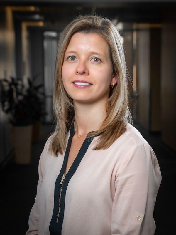 Dr. Karine Barizon