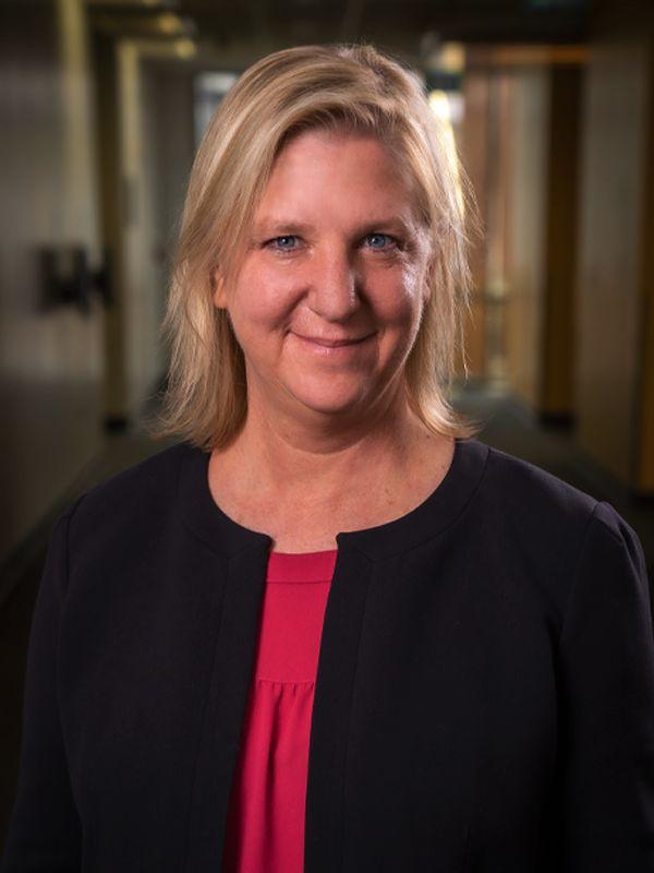 Dr. Tracy de Peralta
