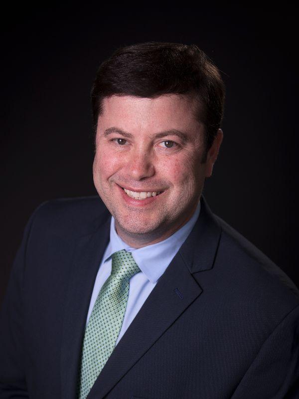 Dr. Eric Mediavilla